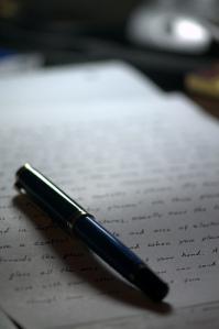 """""""Writing"""", de Jonathan Paxon Reyes"""