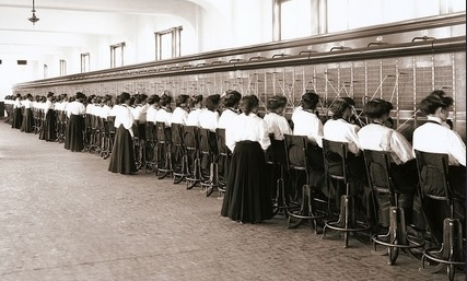 """Telephone Switchboard Operators"" (1914), Reynermedia, Flickr"