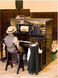 Pianola 01, Ferran Pestaña, Flickr