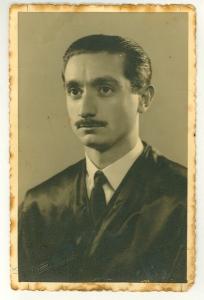 Fotografia de l'orla de llicenciat en Dret, València, 1947