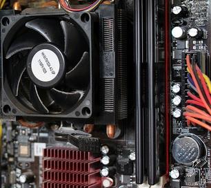"""Cooler Master Hyper 212 EVO into a HAF 912 (AMD)"", Glenn Batuyong, Flickr"