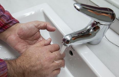 Controlem l'aigua quan engeguem l'aixeta, Premsa Ajuntament de Sabadell, Flickr